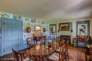 HR8610449 - Dining Room