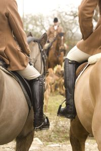 I have major foxhunting envy. (Photo via Pinterest)